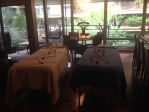 a romantic couples massage